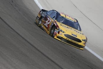 NASCAR: Apr 07 Duck Commander 500